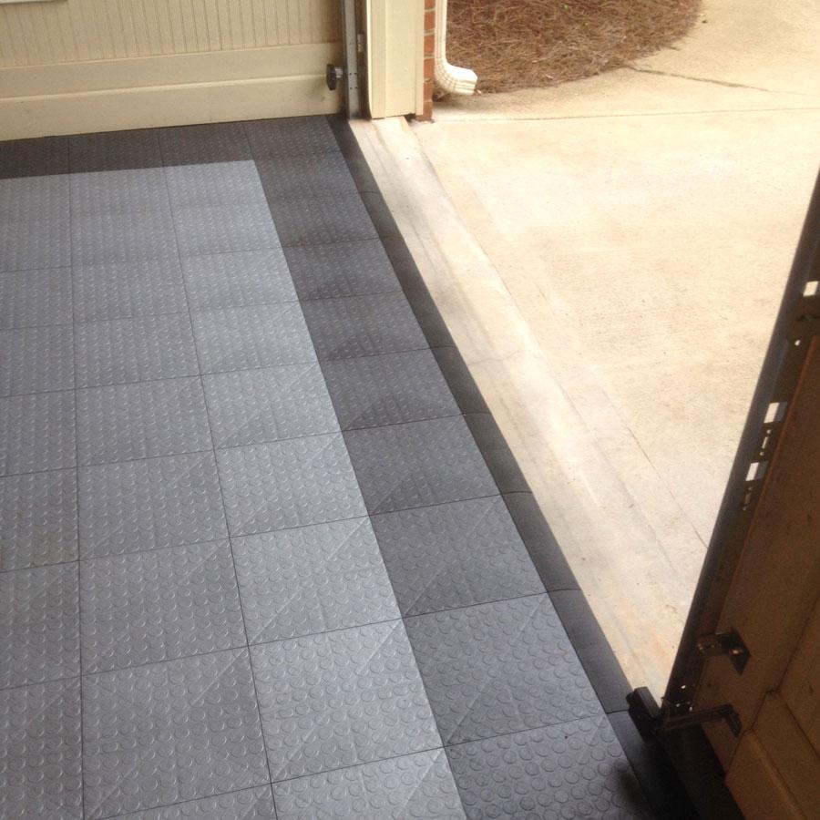 coin grid loc garage tiles modular floor covering. Black Bedroom Furniture Sets. Home Design Ideas